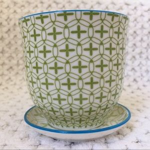Chive Liberte Pot & Saucer in Green Plus Pattern